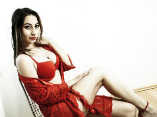 FoxyCrissy模特的性感个人头像,邀请您观看热辣劲爆的实时摄像表演!